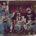 """""""Aysenino"""" el proyecto audiovisual de la banda de punk rock patagónica Adokines."""